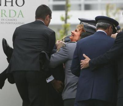 O novo e charmoso Rei de Espanha visita Portugal a 7 de Julho: Desta vez é a Maria que desmaia