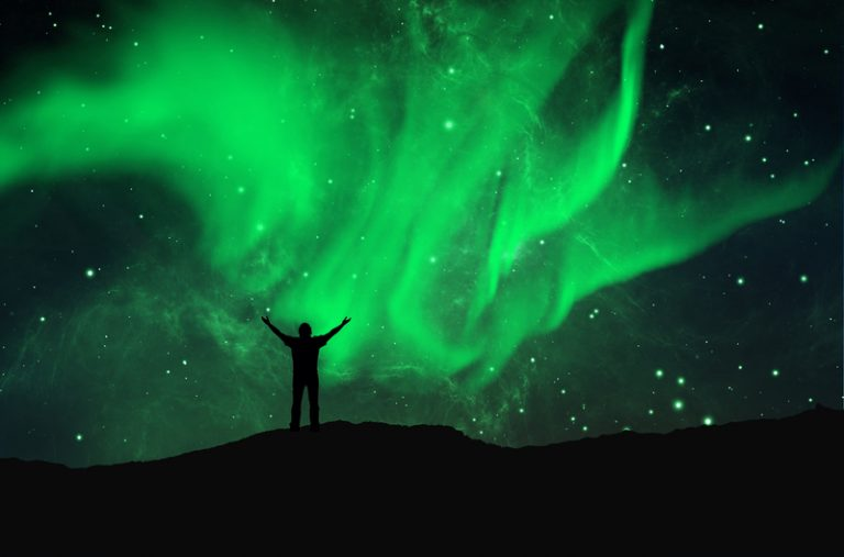 Aurora boreal critica o facto de se usar sempre o arco-íris como símbolo de coisas boas